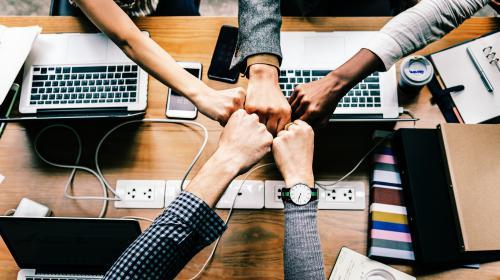 Hoe haal je maximaal voordeel uit je communicatiebureau?