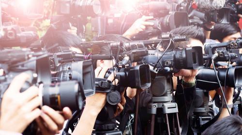 Hoe onderhoud je sterke mediarelaties tijdens de coronacrisis?