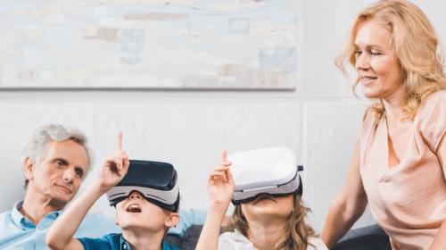 Doro digitalisiert die Generation 65plus