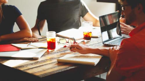 Salariés, entreprises : les 5 codes de conduite à adopter au quotidien