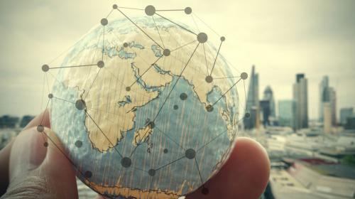 LEWIS tilt internationale coördinatie naar een next level