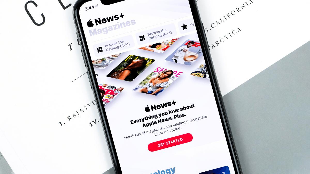 news on phone, social media