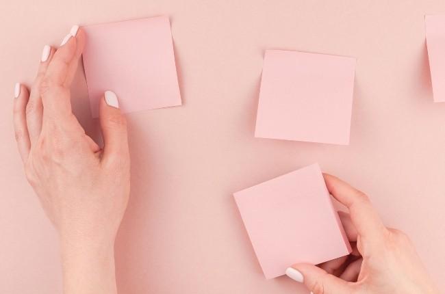 pink sticky notes